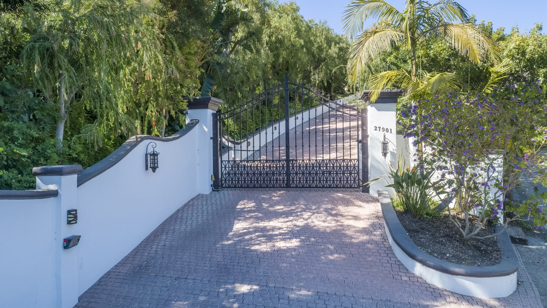 BEACH-COTTAGE-GATE-2560